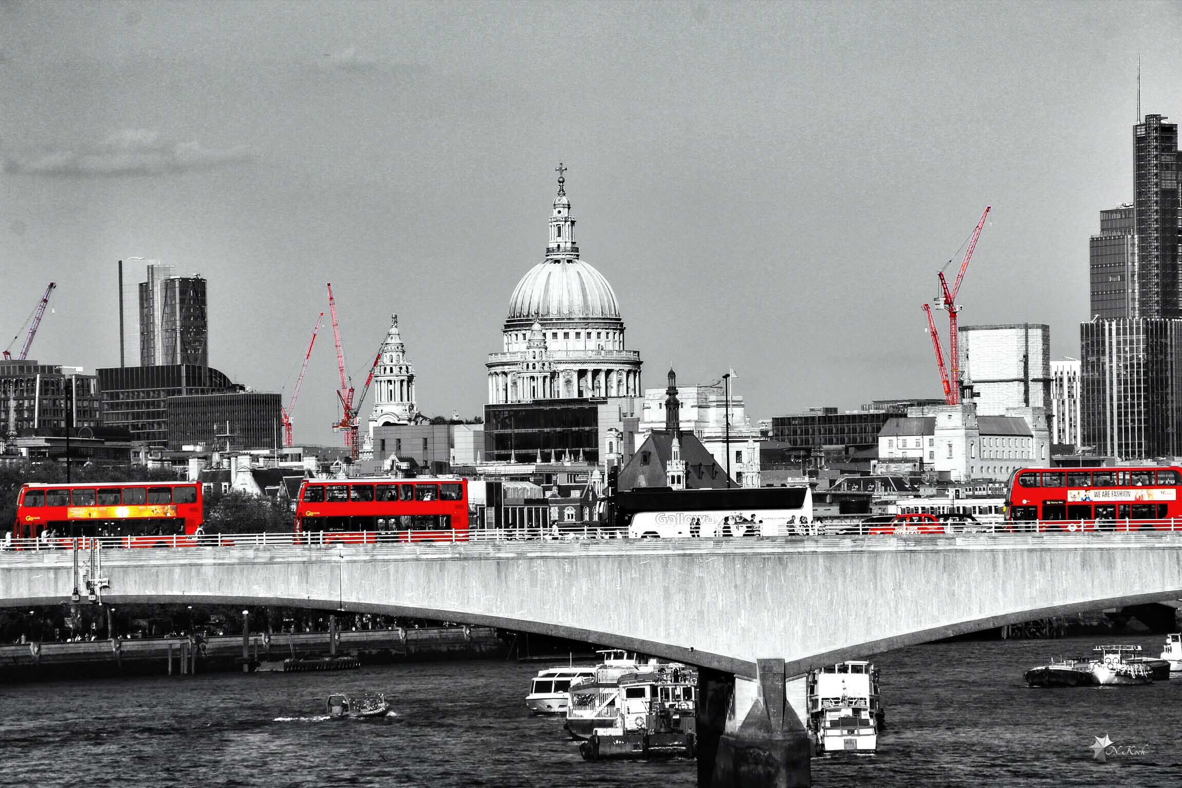 2014, London | Red buses