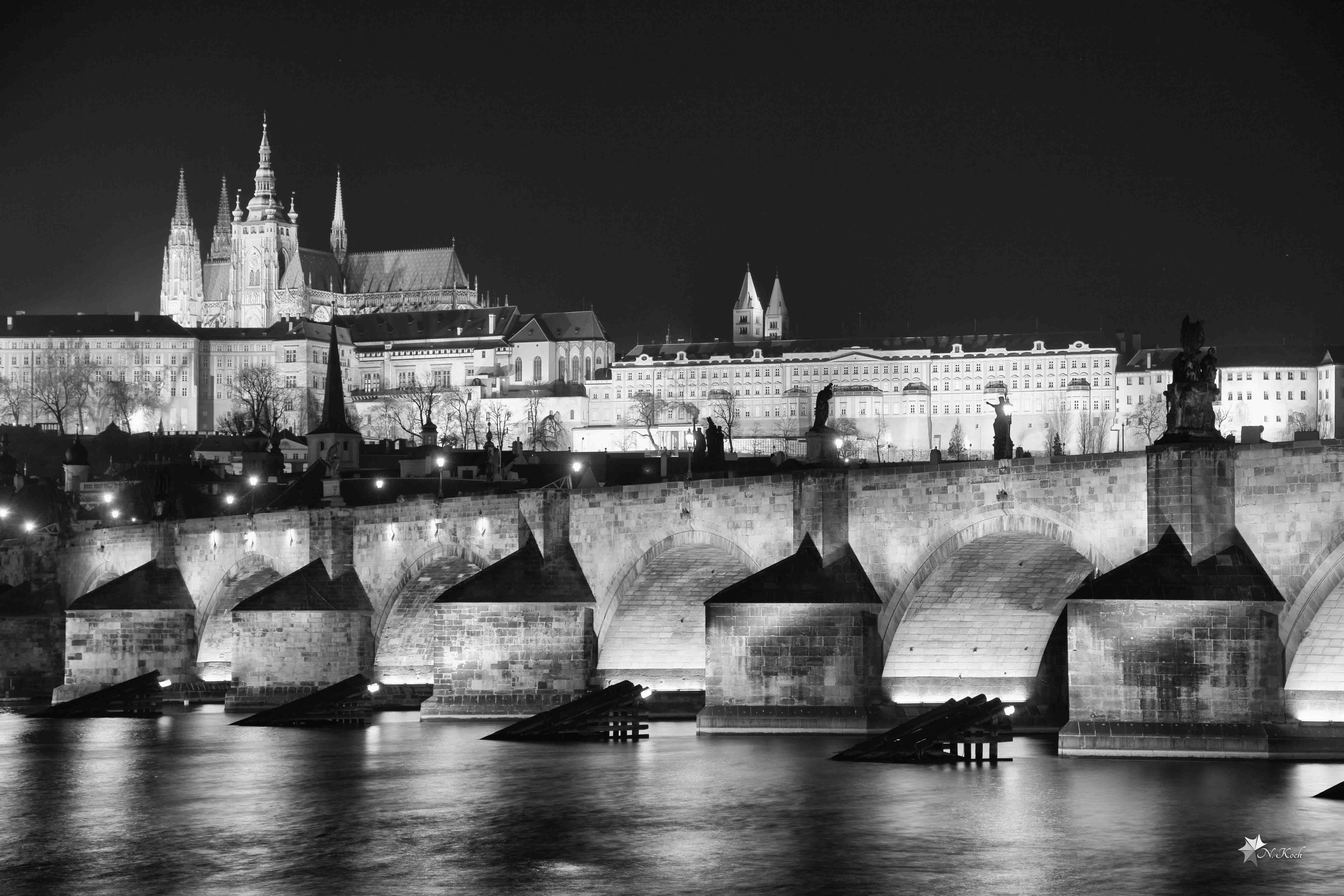 2016, Prague | Carles bridge at night