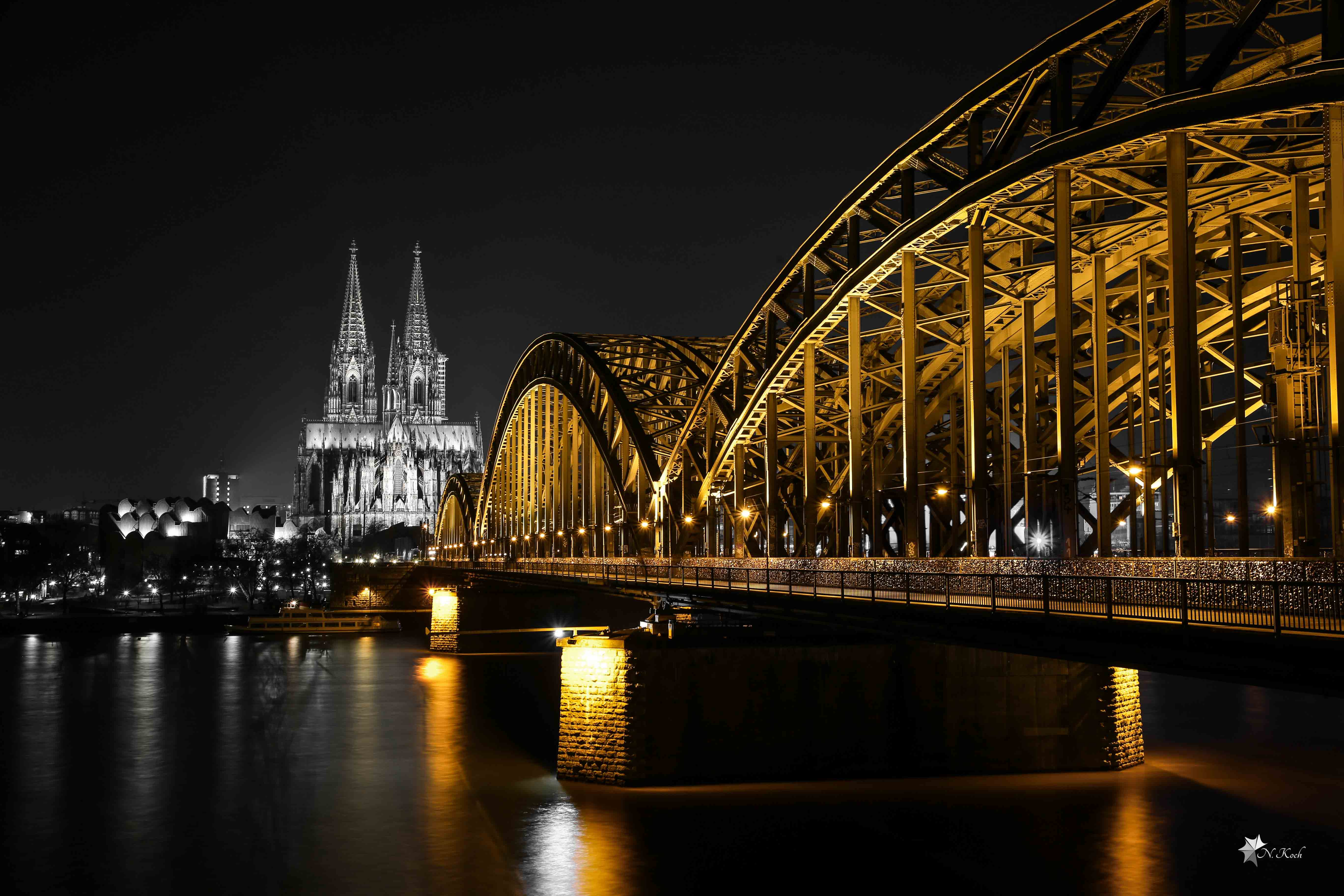 2015, Cologne | The dom of Cologne and the Hohenzollern Bridge