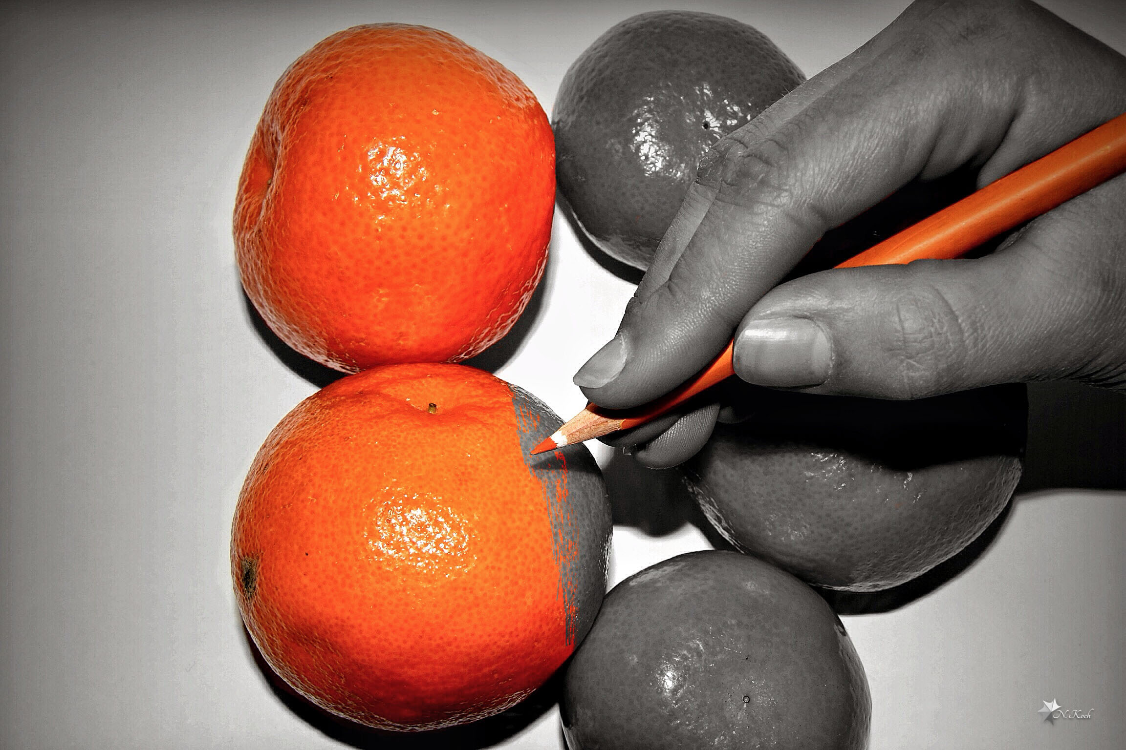 2014, Splash | Painting on the oranges