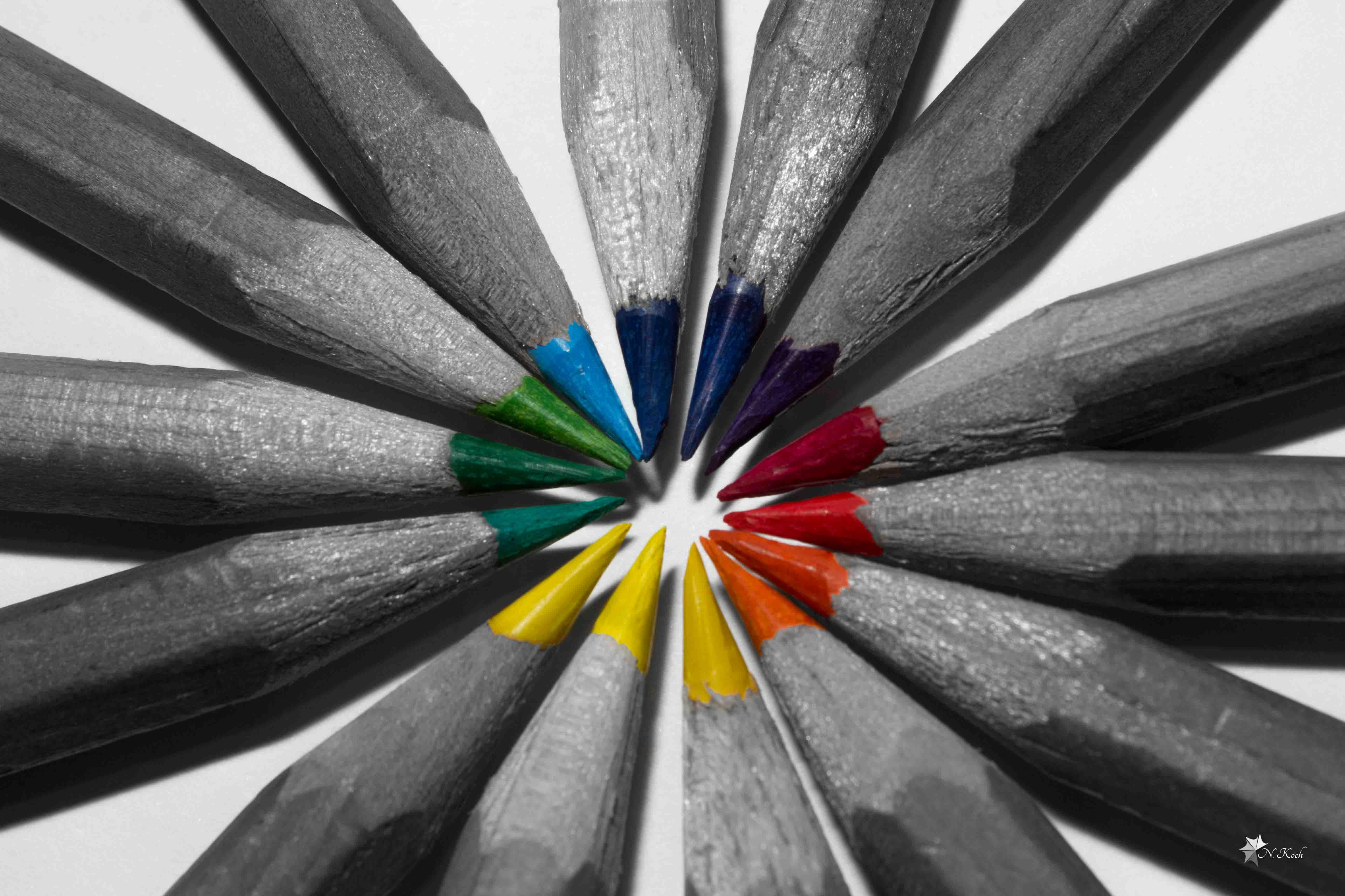 2014, Splash | Colorized pencils