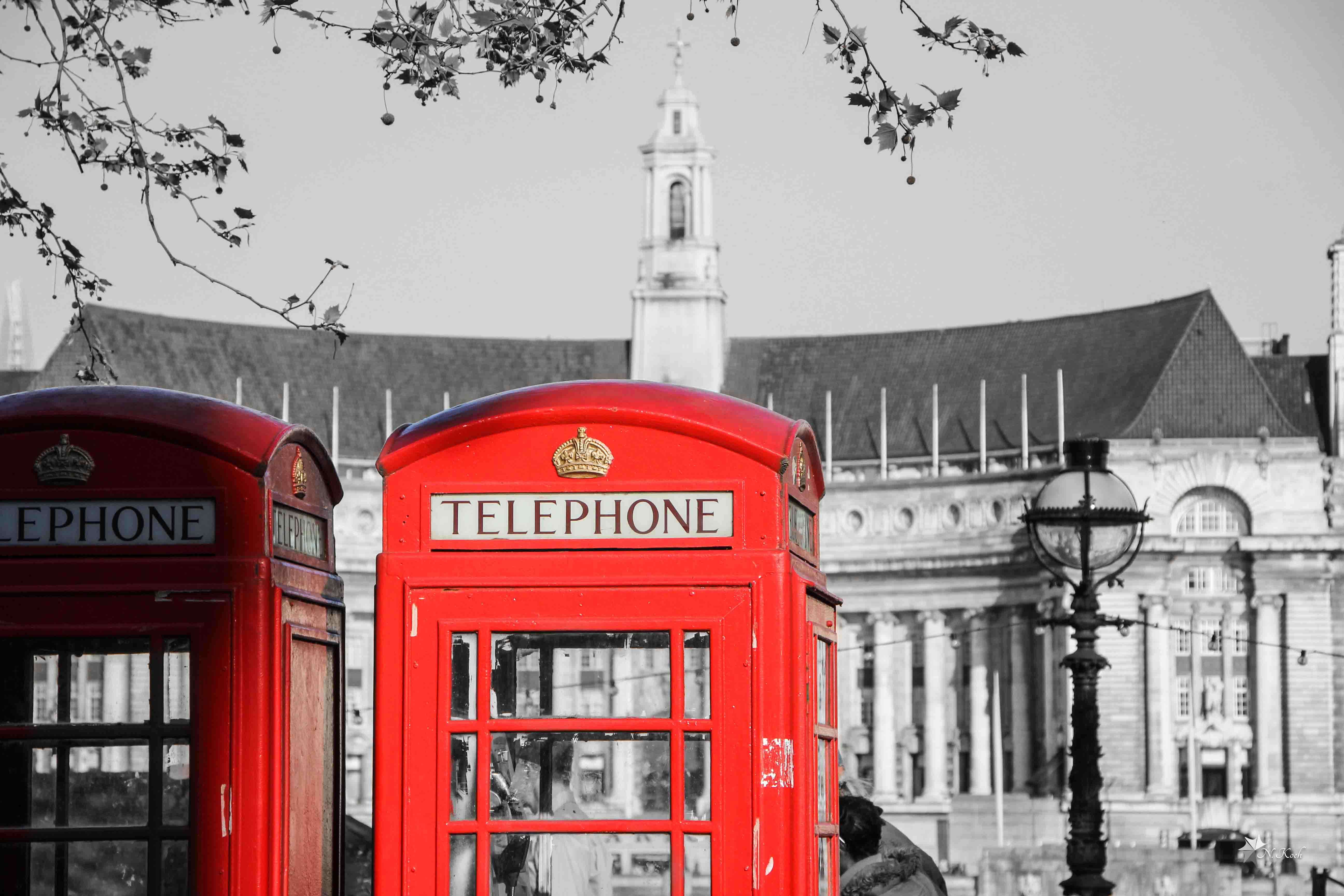 2014, London | Red telephone box in London's city